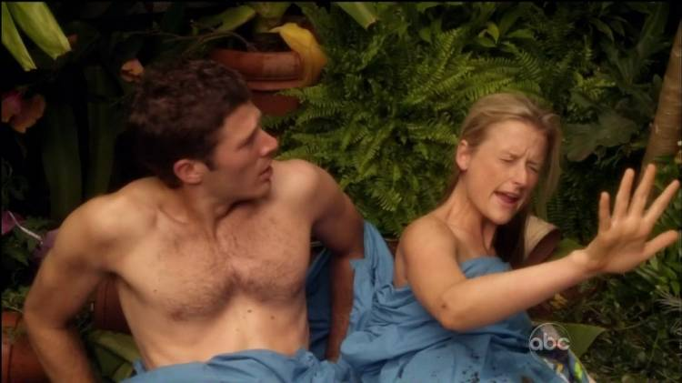Zach Gilford as Dr. Tommy Fuller and Mamie Gummer as Dr. Mina Minard on