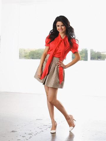 Selena Gomez Photo Gallery on Selena Gomez Photoshoot    Sitcoms Online Photo Galleries