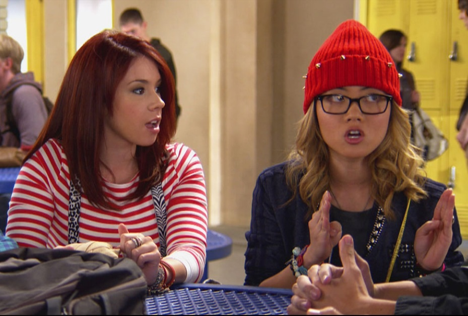 Ming_and_Tamara_discussing_Matty_and_Jenna_s_status
