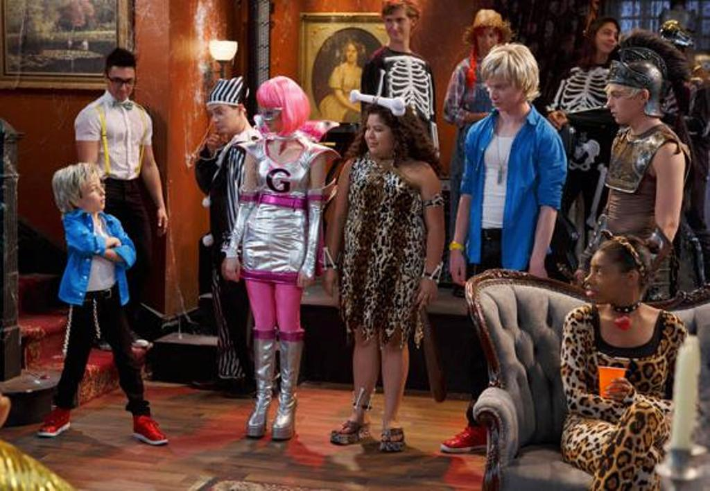 team austin costumes courage sitcoms online photo galleries
