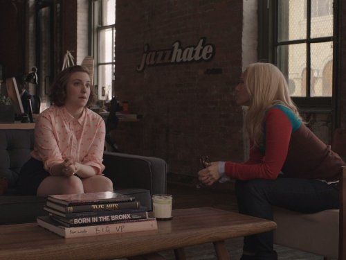 Angela_Featherstone_and_Lena_Dunham_in_Girls