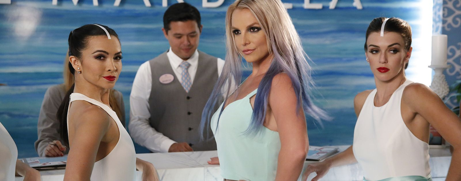635824224160958496-Britney-Spears-Jane-the-Virgin