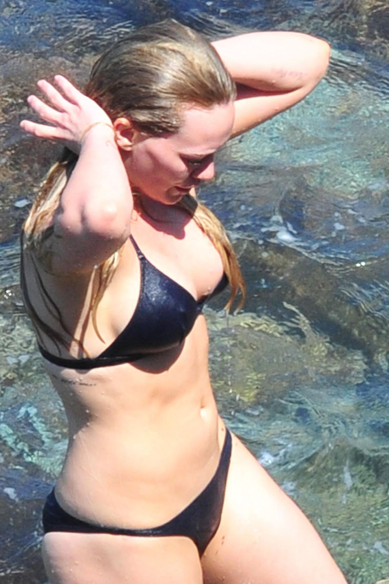 Posters of hilary duff in a bikini