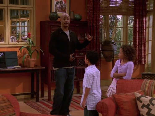 Damon_Wayans_Parker_McKenna_Posey_and_Noah_Gray-Cabey_in_M