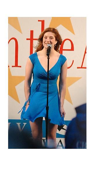 AvdP_Blue_Dress_2_