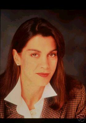 Dream On: Wendie Malick - Sitcoms Online Photo Galleries