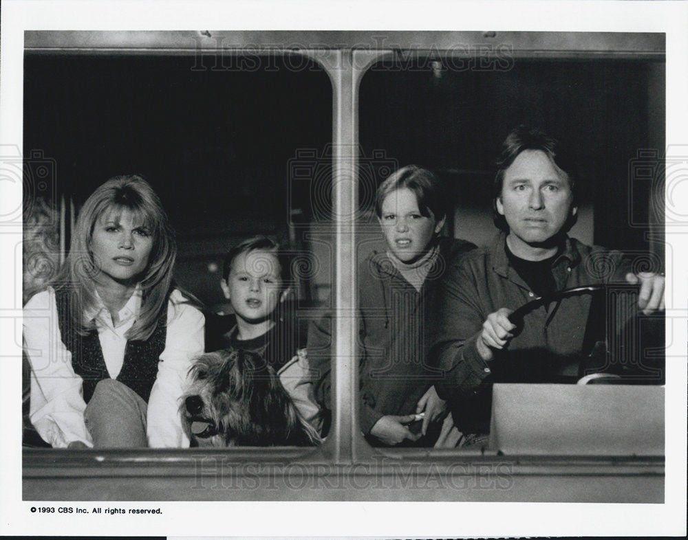 1993_Press_Photo_Hearts_Afire_Markie_Post_John_Ritter_CBS_Television