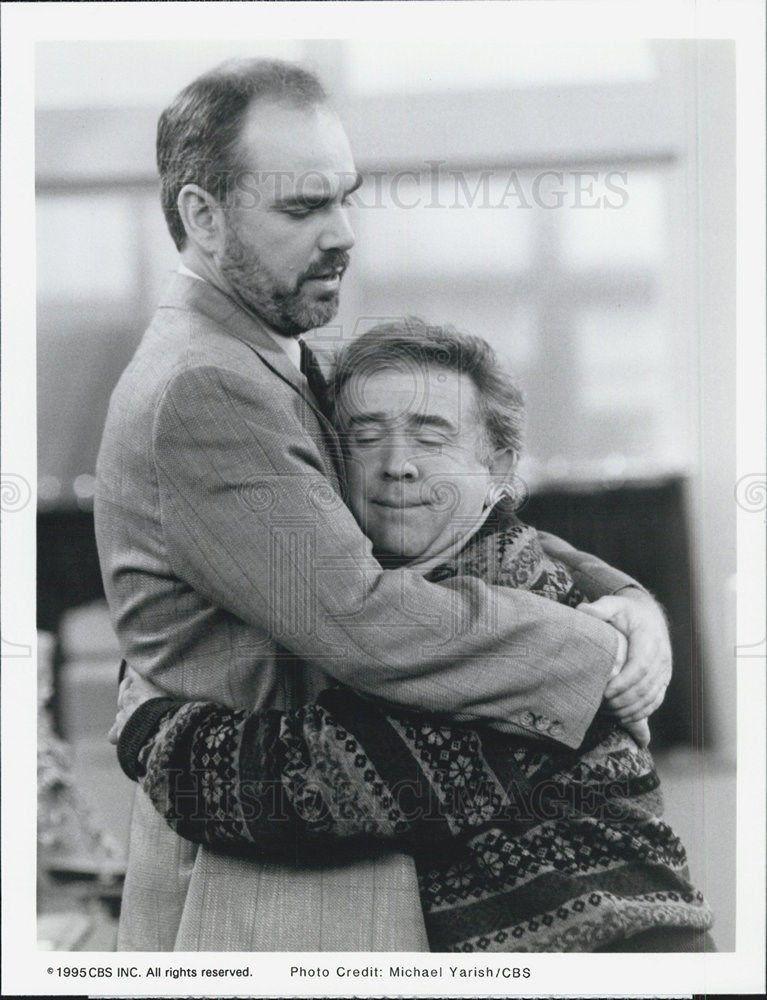1995_Press_Photo_Leslie_Jordan_Billy_Bob_Thornton_HEARTS_AFIRE