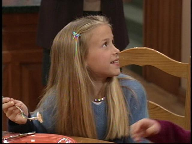 Ashley Trefger/Gracie Taylor - Sitcoms Online Photo Galleries
