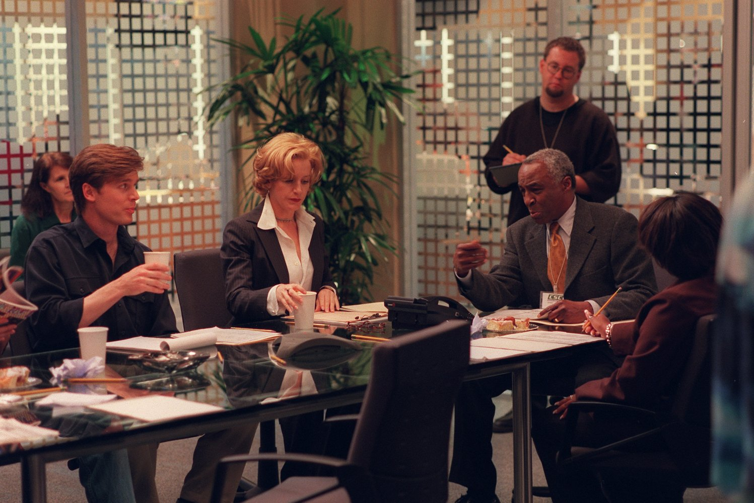 Felicity_Huffman_Robert_Guillaume_and_Peter_Krause_in
