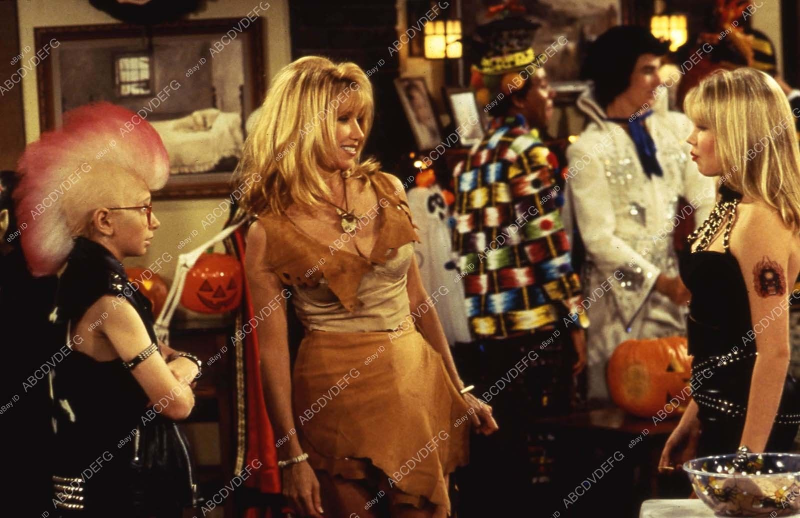 Pic_8x10_Patrick_Duffy_Suzanne_Somers_at_Halloween_costume_party_TV_Step_by_Ste