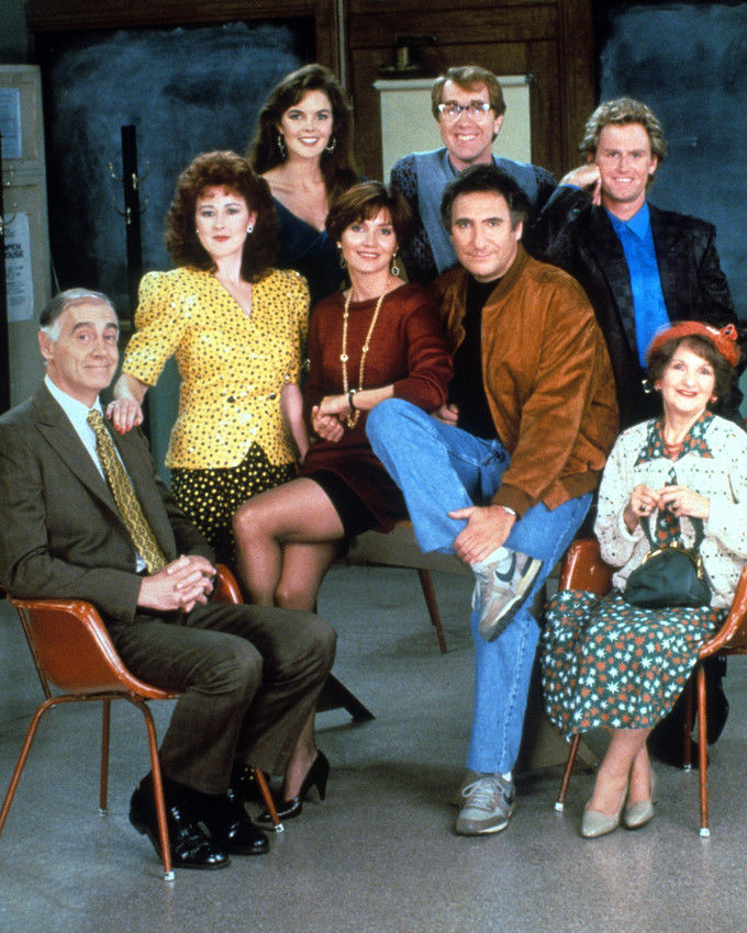 JUDD_HIRSCH_DEAR_JOHN_8X10_PHOTO_CAST_TV_SHOW