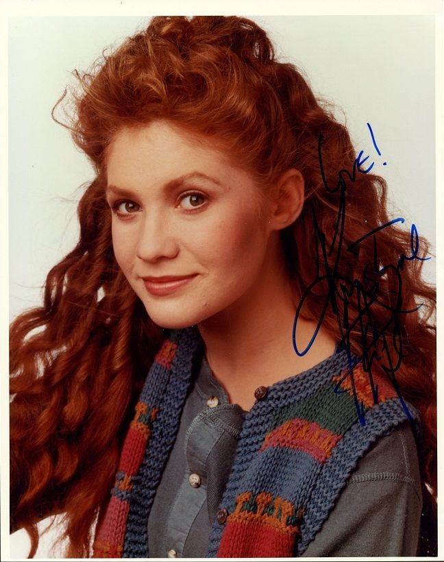 KHRYSTINE_HAJE_In-person_Signed_Photo_-_Head_of_the_Class