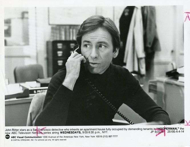 JOHN_RITTER_ON_TELEPHONE_PORTRAIT_HOOPERMAN_ORIGINAL_1987_ABC_TV_PHOTO
