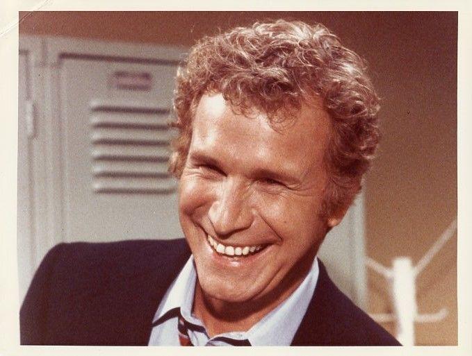WAYNE_ROGERS_SMILING_PORTRAIT_HOUSE_CALLS_ORIGINAL_COLOR_1979_CBS_TV_PHOTO