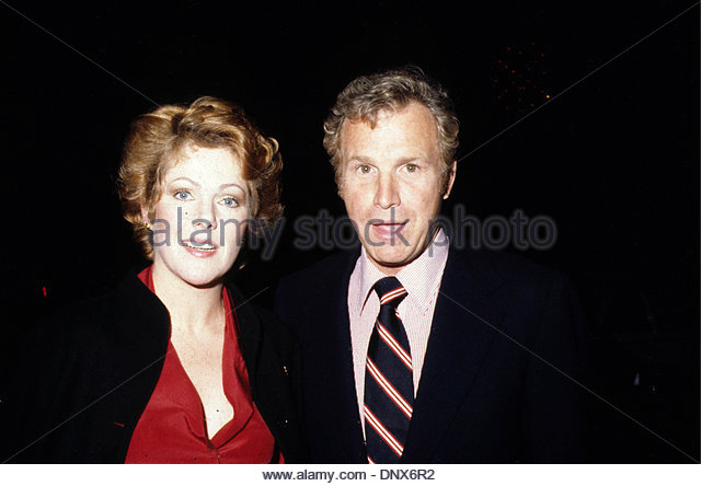 jan-9-1980-hollywood-california-us-r4308wayne-rogers-lynn-redgrave-dnx6r2