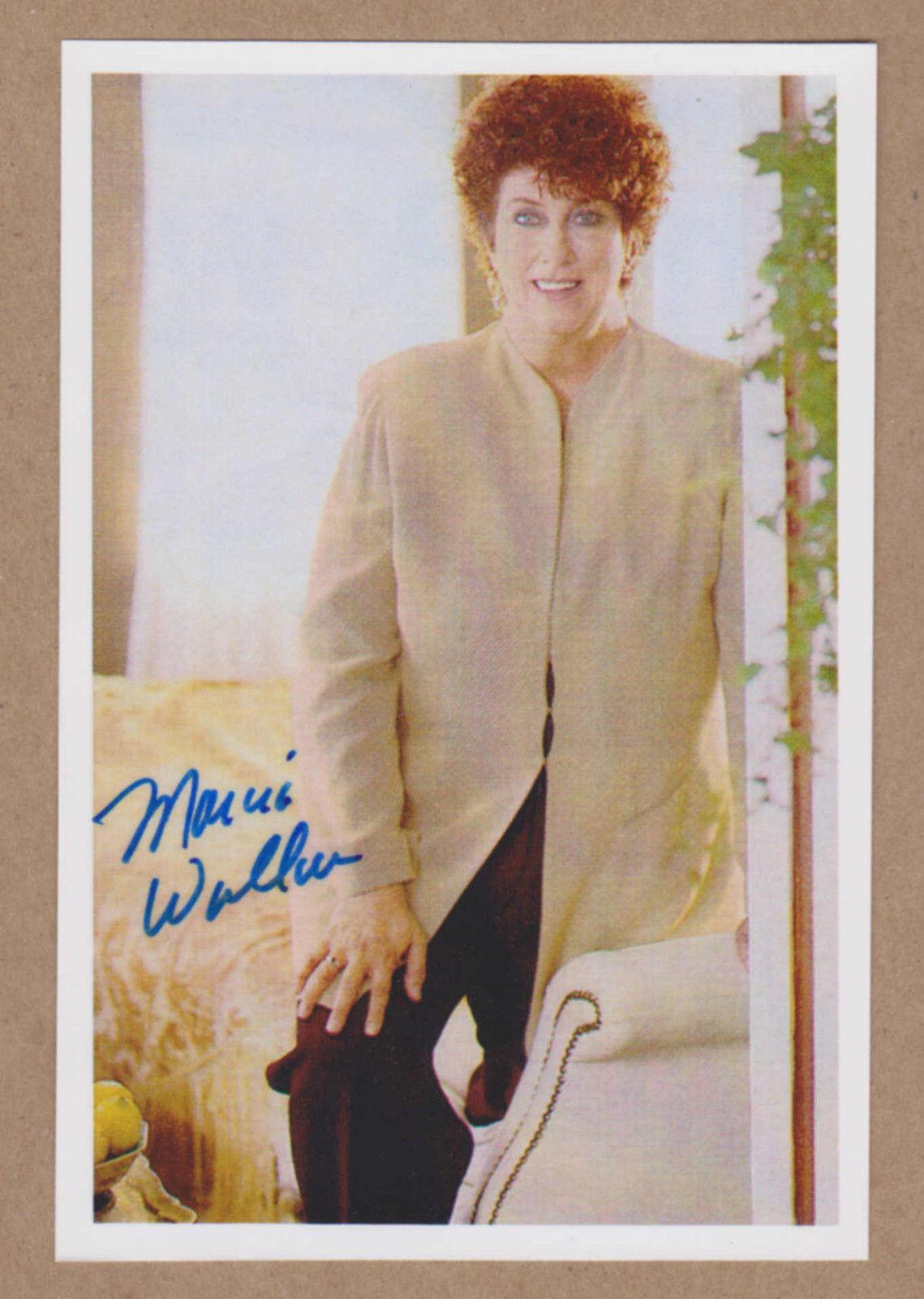 Marcia_Wallace_signed_4x6_color_photo_DEC_-Bob_Newhart_Show