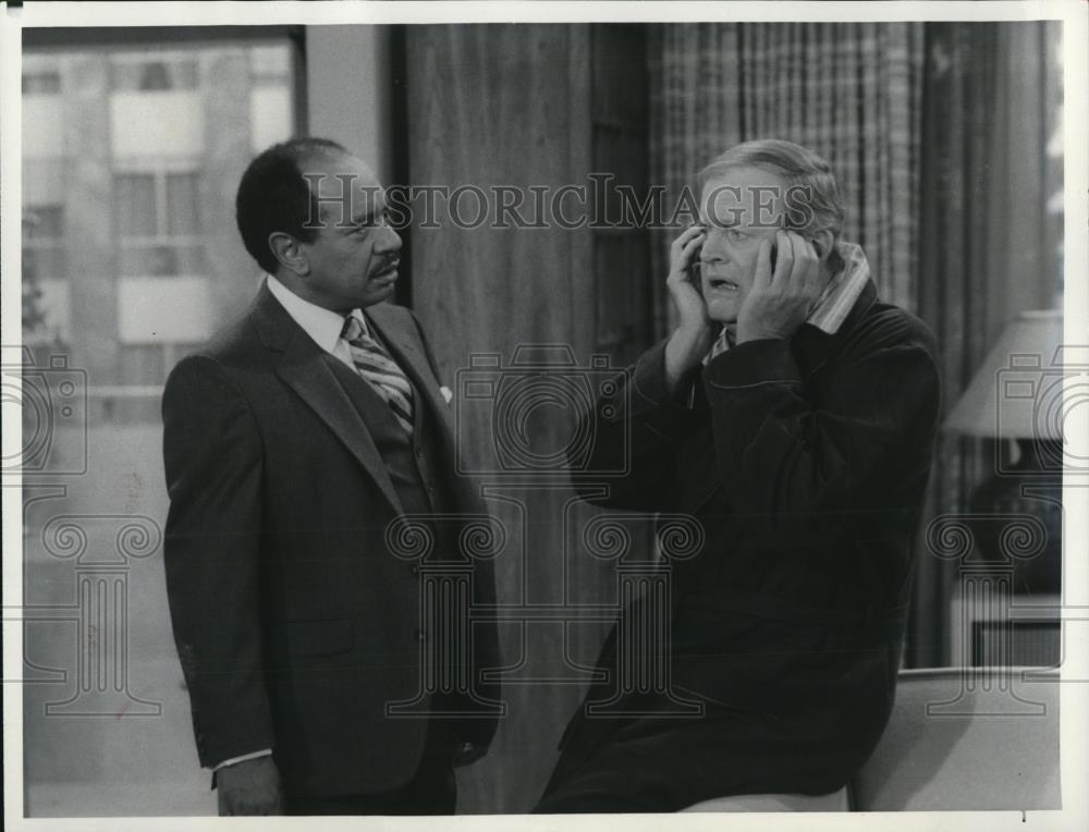 1984_Press_Photo_Sherman_Hemsley_Franklin_Cover_in_The_Jeffersons_-_cvp78697