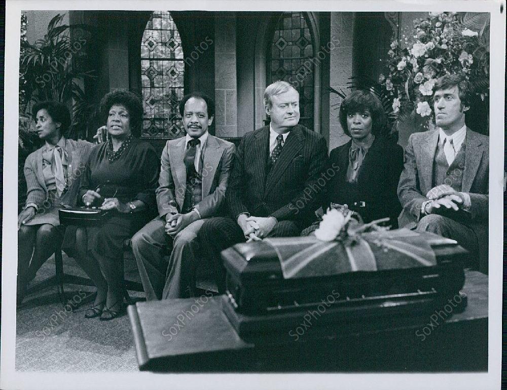 LG126_CBS_The_Jeffersons_Comedy_Series_Entire_Cast_1979_Premiere_Press_Photo