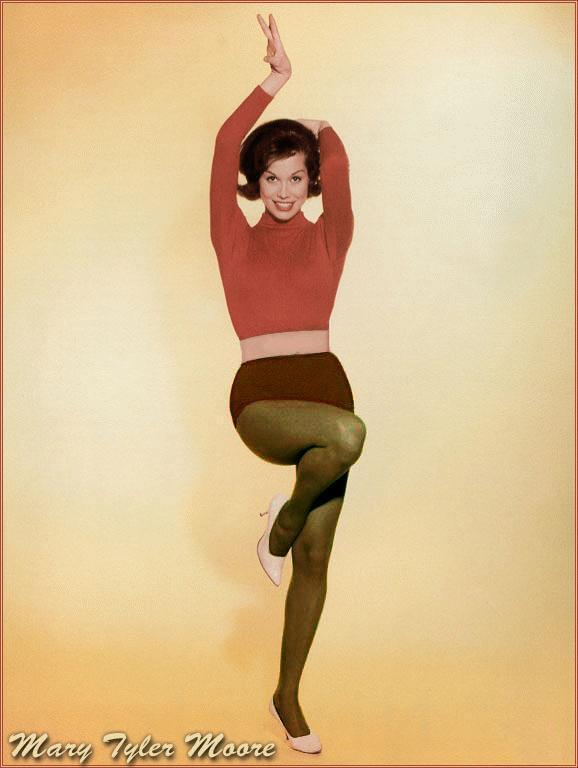 mary tyler moore wore pantyhose