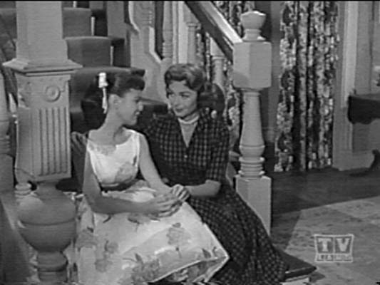 Shelley Fabares and Donna Reed - Sitcoms Online Photo ...