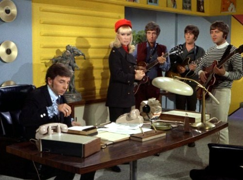 Phil Spector, Barbara Eden, Bobby Hart & Tommy Boyce - Sitcoms Online Photo  Galleries