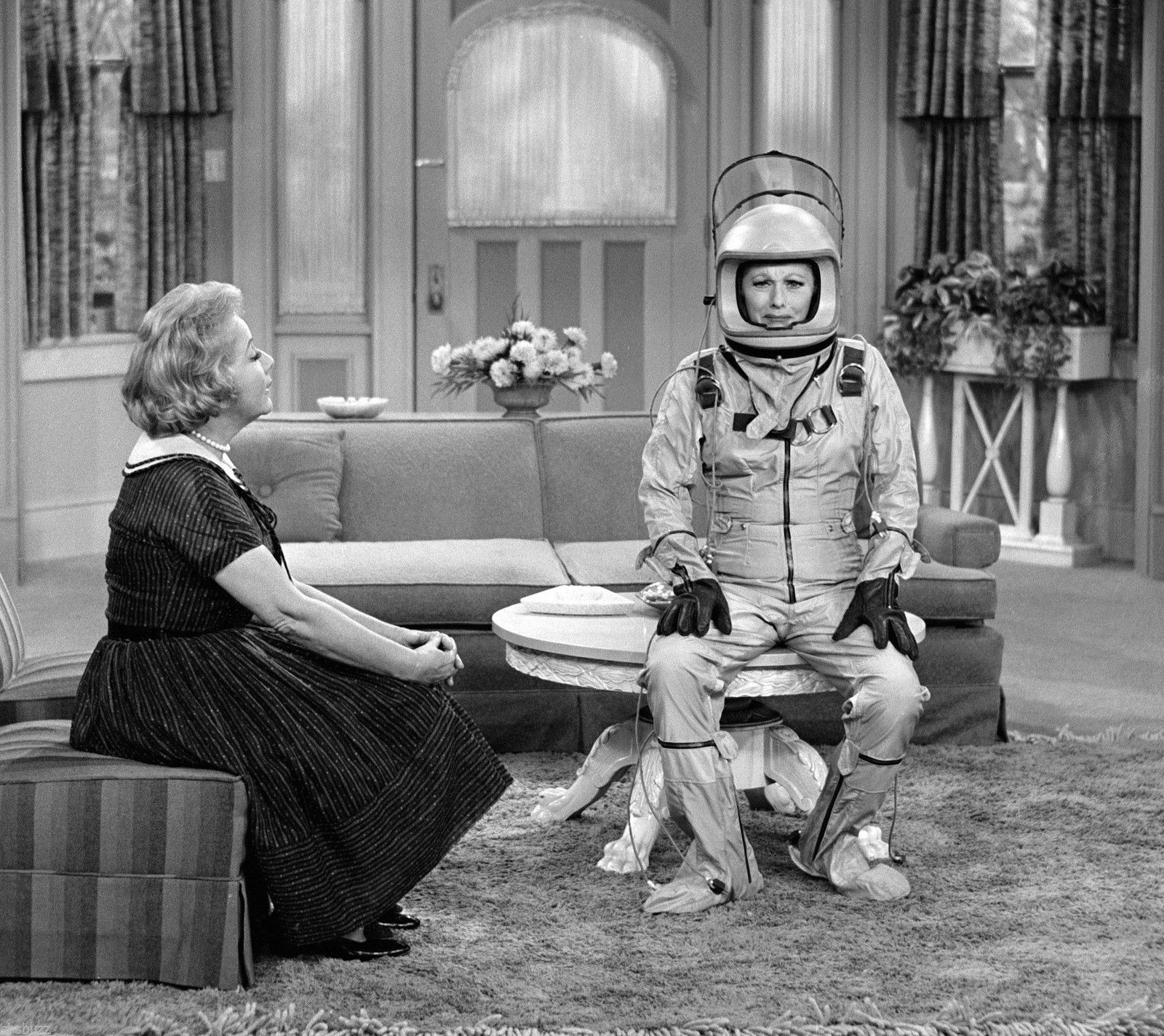 THE_LUCY_SHOW_-_TV_SHOW_PHOTO_3