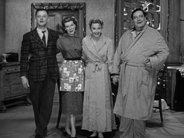 Jackie_Gleason_Art_Carney_Audrey_Meadows_and_Joyce_Randolph_in8778