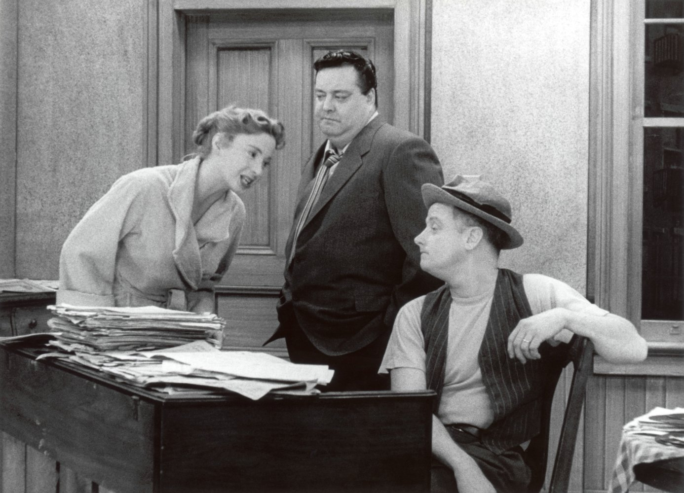 Jackie_Gleason_Art_Carney_and_Audrey_Meadows_in_The_Hone