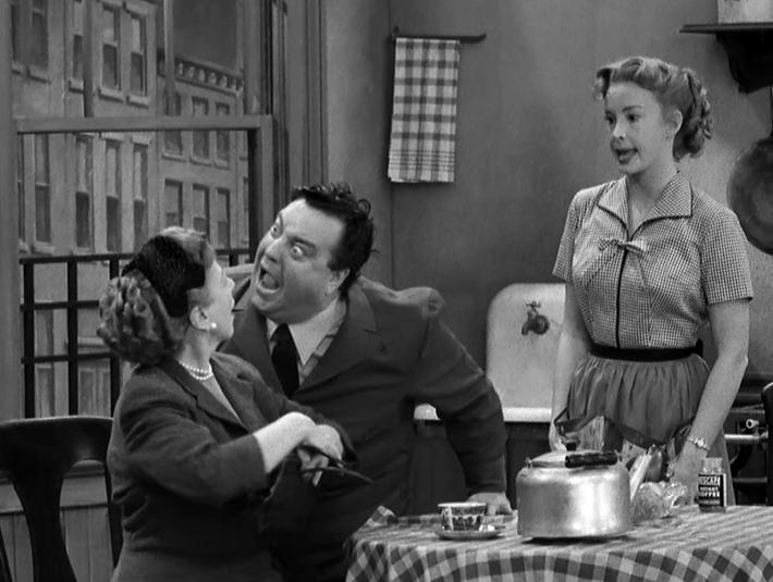 Jackie_Gleason_and_Audrey_Meadows