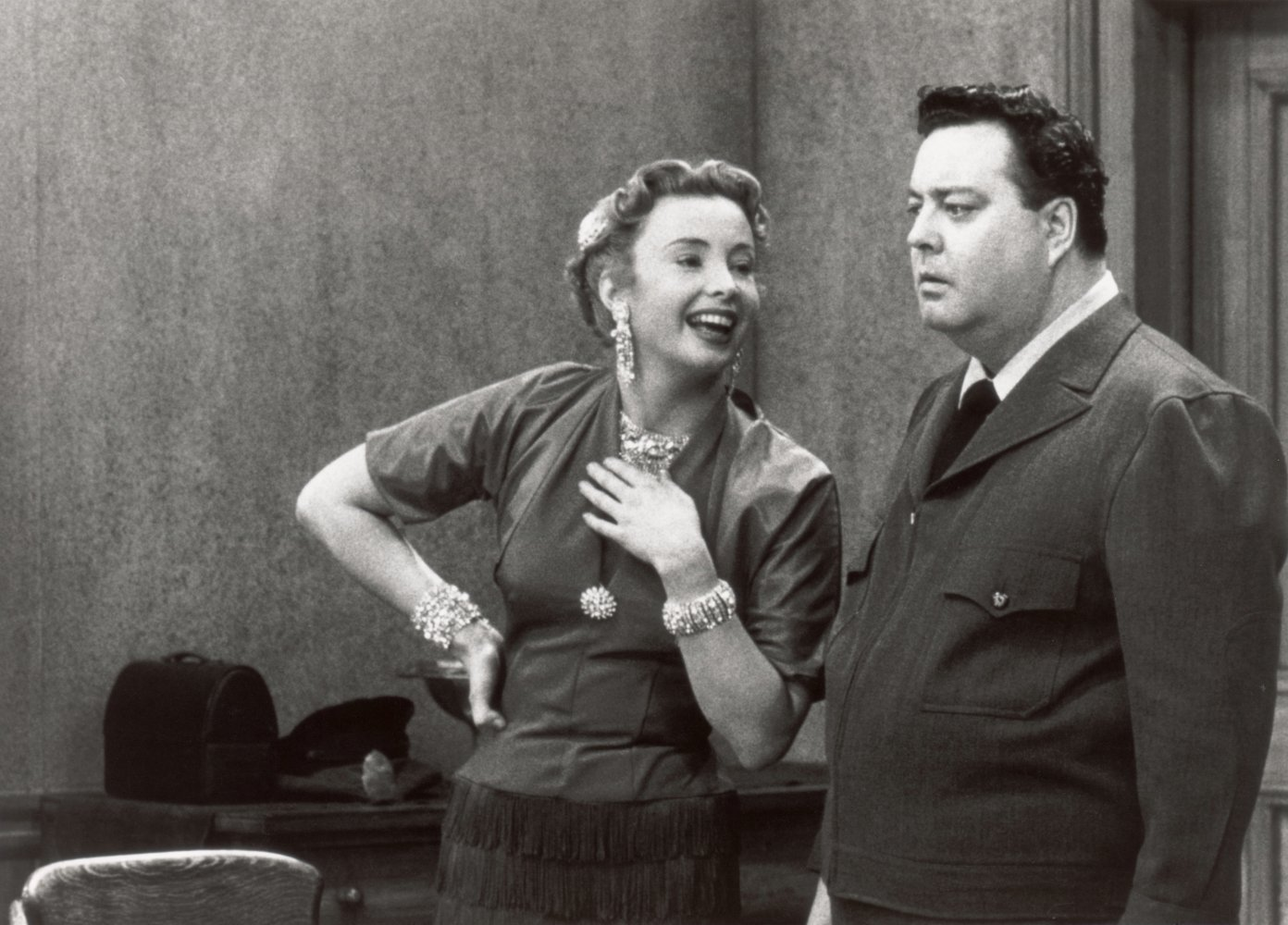 Jackie_Gleason_and_Audrey_Meadows_in_T