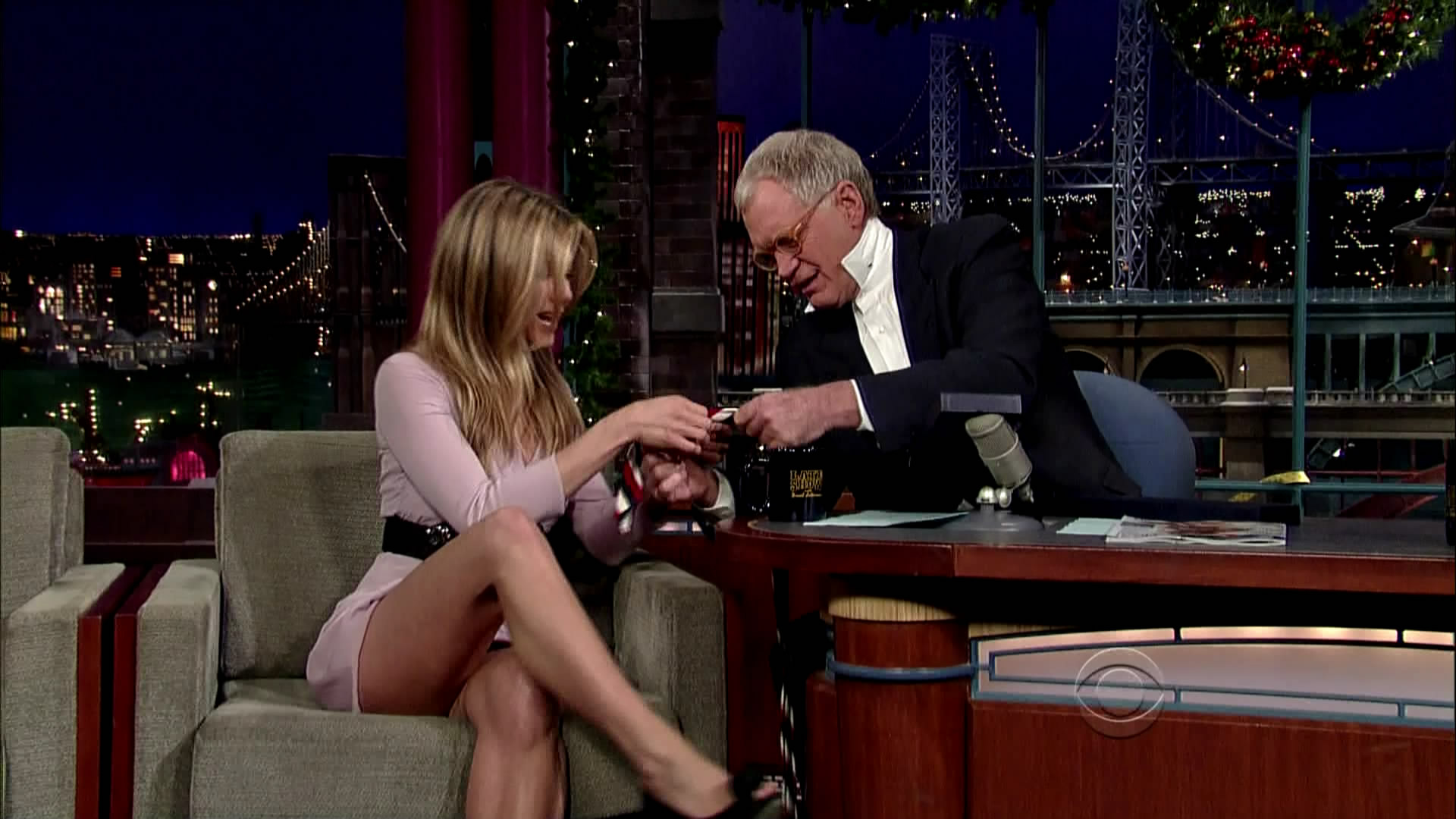 You Missed It! Cringy David Letterman's Interview With Jennifer Aniston Released