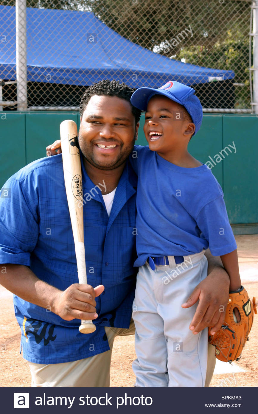 anthony-anderson-damani-roberts-all-about-the-andersons-2003-BPKMA3