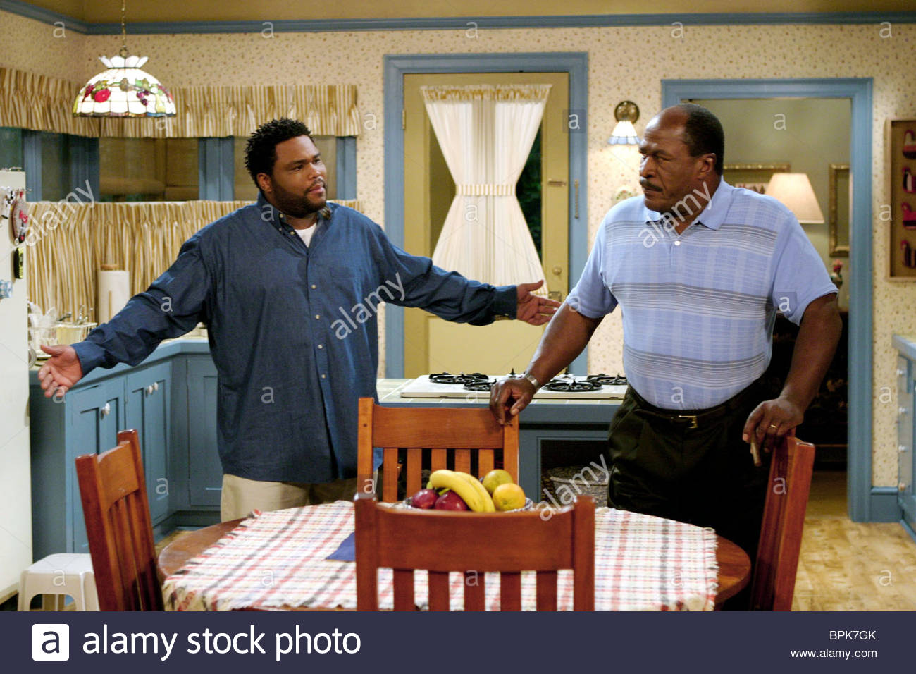 anthony-anderson-john-amos-all-about-the-andersons-2003-BPK7GK