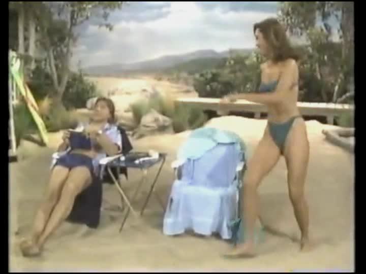 Girl masturbates until she cums
