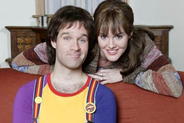 Chris Diamantopoulos and Erinn Hayes as Mork and Mindy