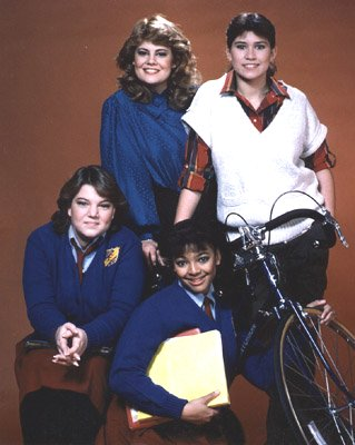 Lisa Whelchel, Nancy McKeon, Mindy Cohn, and Kim Fields