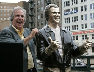 Henry Winkler and Fonz Statue