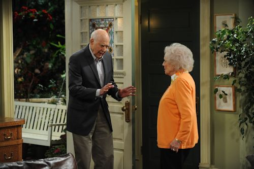 Hot in Cleveland - Carl Reiner and Betty White
