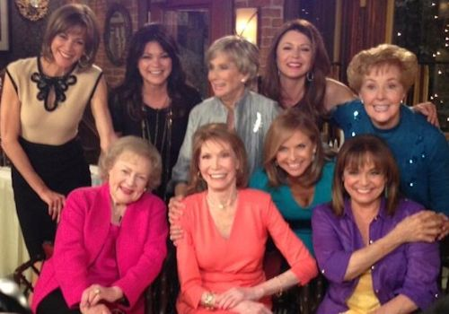 The Mary Tyler Moore Show Reunion on Hot in Cleveland