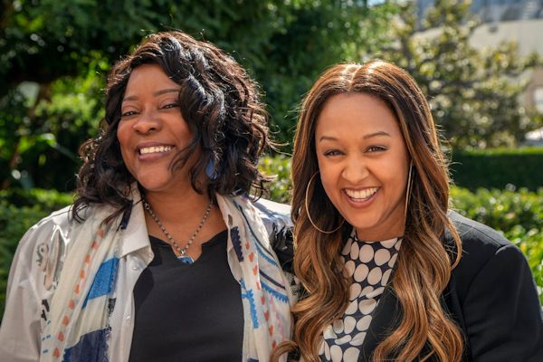 Loretta Devine and Tia Mowry