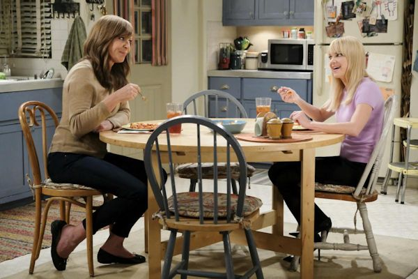 Mom - Allison Janney and Anna Faris