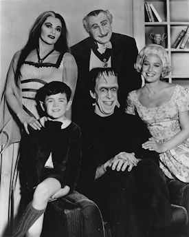The Munsters Season 1 Cast with Beverley Owen