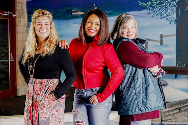 You Light Up My Christmas - Lisa Whelchel, Kim Fields and Mindy Cohn